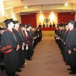 No solo es asistir a la fiesta de Graduación, debes obtener tu título, no lo olvides.